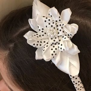 Other - Adorable white w/black dots headband